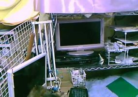 ディスクトレイの開閉とTVの電源オン
